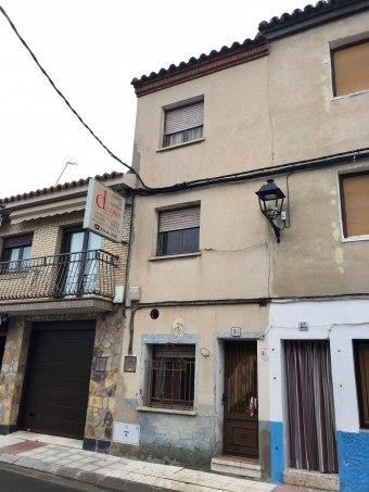 Casa en calle San Pedro 16, Pinseque