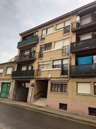Piso en calle Huesca 11, Casetas