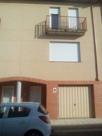 Adosado en calle Justicia de Aragón 19, Pinseque