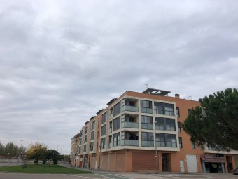 Piso en calle Clara Campoamor 1, Utebo