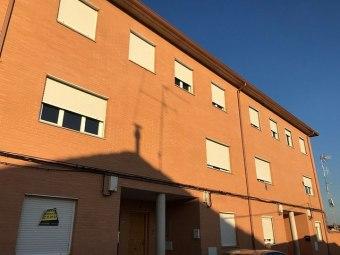 Casa en calle Carmen 7, Luceni
