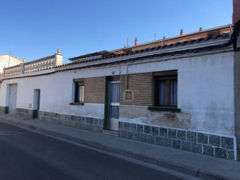 Casa en calle San Miguel 11, Monzalbarba