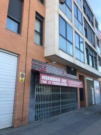 Local en calle Clara Campoamor 3, Utebo