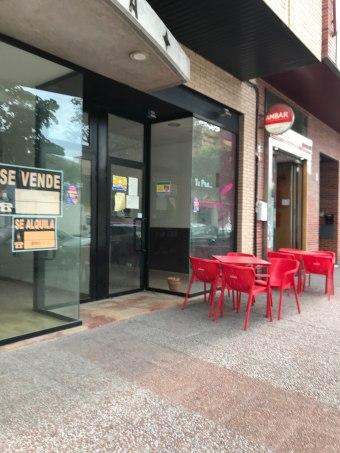 Local en Avda. Logroño 15, Casetas