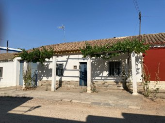 Casa independiente en calle Herederos 7, Utebo